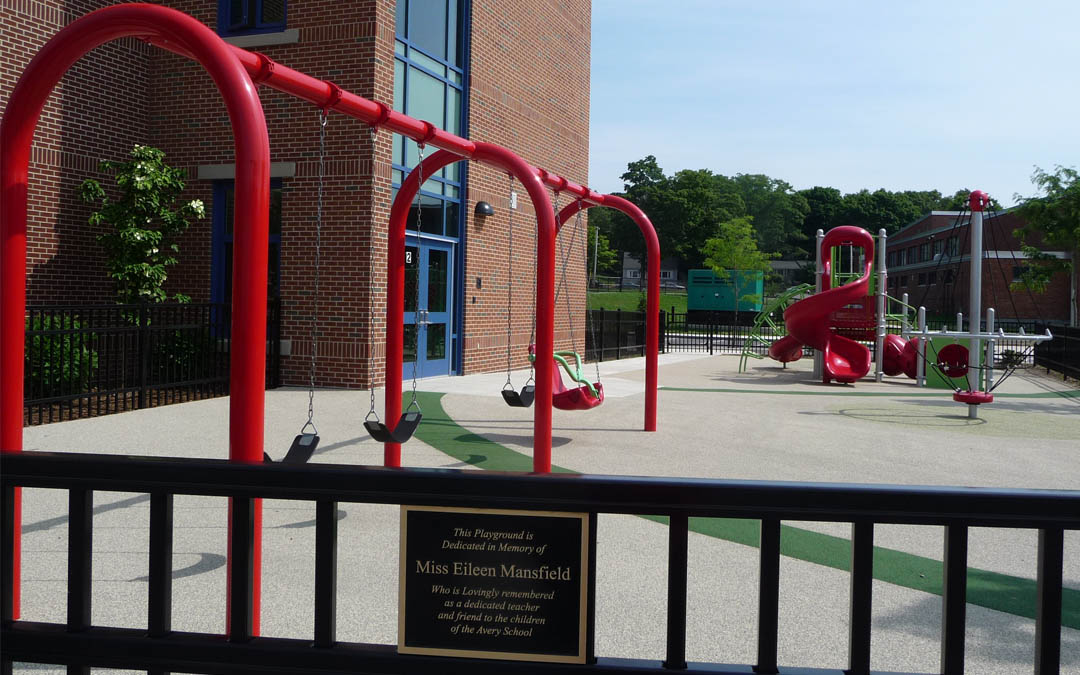 4Avery-Elementary-School-Play structure-Dedication-Swings foreground